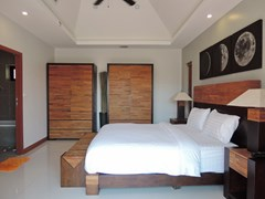 House for sale at Bangsaray Pattaya showing the master bedroom suite