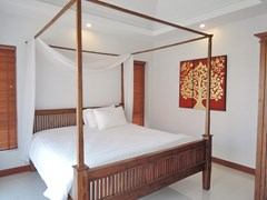 House for sale at Bangsaray Pattaya showing the third bedroom