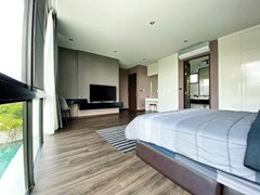 House for sale East Pattaya showing the master bedroom and pool view