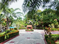 Resort for sale Huay Yai Pattaya showing the entrance to the houses