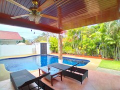 House for sale Jomtien showing the covered terrace
