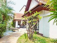 House for sale View Talay Villas Jomtien showing the house