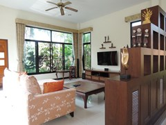 House for sale Pattaya showing the comfortable living room