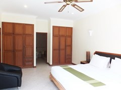House for sale View Talay Villas Jomtien showing the master bedroom suite
