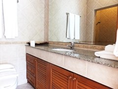 House for sale View Talay Villas Jomtien showing the second bathroom