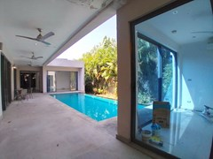 House for sale Mabprachan Pattaya showing the office and covered terrace