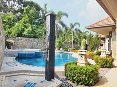 House for sale Nongpalai Pattaya showing the private pool with poolside shower