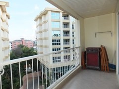 Condominium for Rent Central Pattaya showing the living room balcony