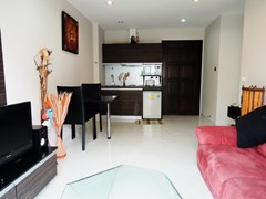 Condominium for rent Jomtien Park Lane showing the open plan concept