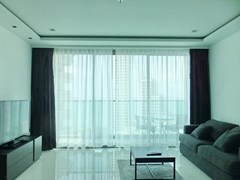 Condominium for rent Wong Amat Tower showing the living area