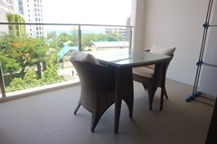 Condominium For Sale Wongamat showing the balcony