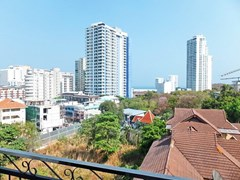 Condominium for sale Pratumnak Hill Pattaya showing the balcony and view