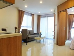 Condominium for sale Pratumnak Hill Pattaya showing the open plan concept