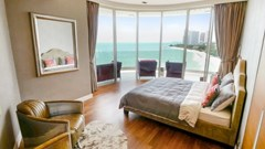 Condominium for sale The Cove Wongamat showing the second bedroom