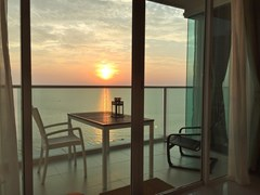 Condominium for sale Na Jomtien Pattaya showing the balcony view