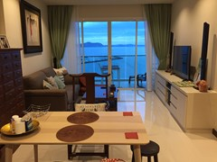 Condominium for sale Na Jomtien Pattaya showing the dining and living areas
