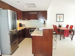 Condominium for sale Northshore Pattaya showing the kitchen and dining areas