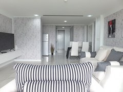 Condominium for sale Central Pattaya showing the open plan concept
