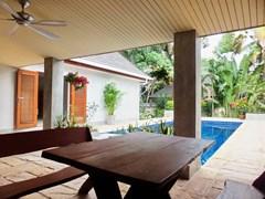 House for rent Pattaya showing the covered terrace and pool