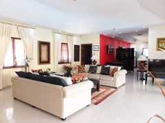 House for rent Jomtien at Jomtien Park Villas showing the open plan concept