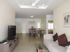 House for rent Pattaya showing the open plan living concept