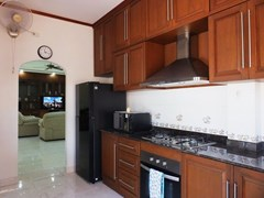 House for rent Bangsaray Pattaya showing the kitchen area
