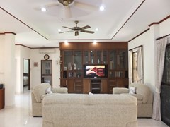 House for rent Bangsaray Pattaya showing the living room