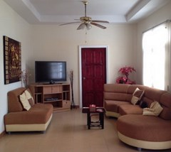 House for rent East Pattaya showing the living room