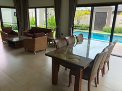 House for rent Huay Yai Pattaya showing the living and dining areas
