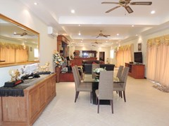 House for rent at View Talay Villas Jomtien showing the open plan living concept