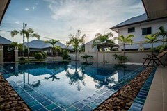 House for sale Na Jomtien Pattaya showing the private swimming pool
