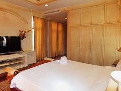 House for sale at Na Jomtien showing the third bedroom suite