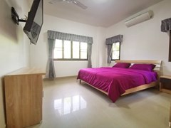 House for sale East Pattaya showing the master bedroom with furniture