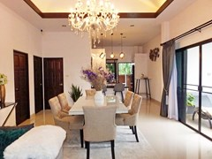 House for Sale Pattaya showing the dining area