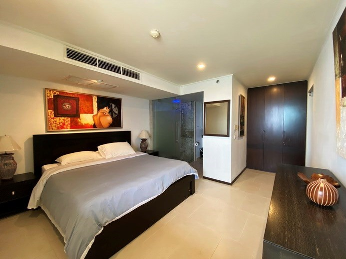 Condominium for rent in Northshore Pattaya Beach showing the second bedroom suite
