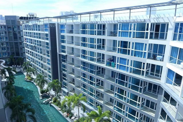 Condominium for rent Pattaya showing the building