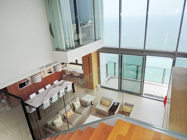 Condominium For Rent Northpoint Pattaya Showing The Duplex