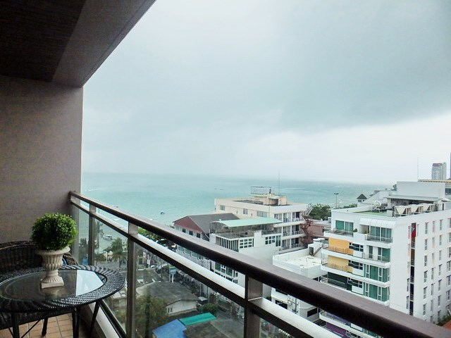 Condominium for sale Northshore Pattaya showing the balcony view