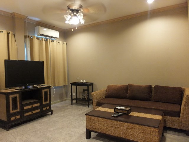 Golf Resort for sale Pattaya area showing Guest suite #2 living area