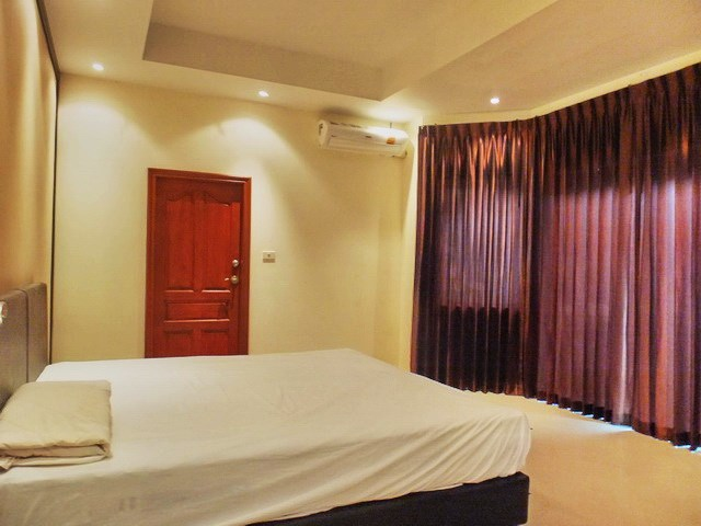 House For rent Jomtien Park Villas Pattaya showing the third bedroom