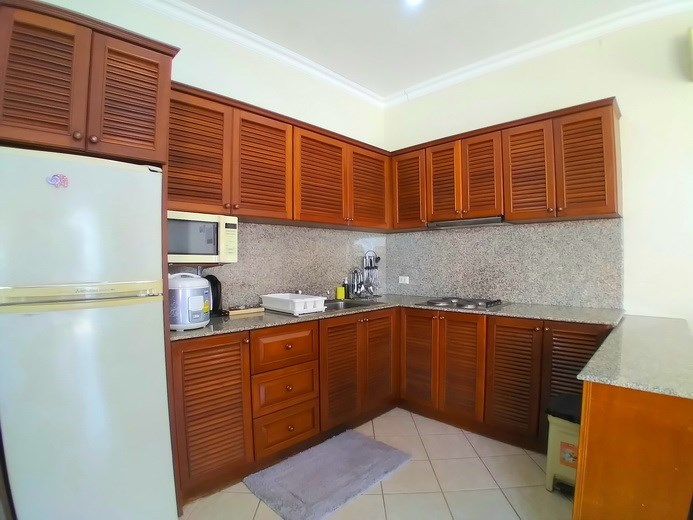 House for rent Jomtien showing the kitchen