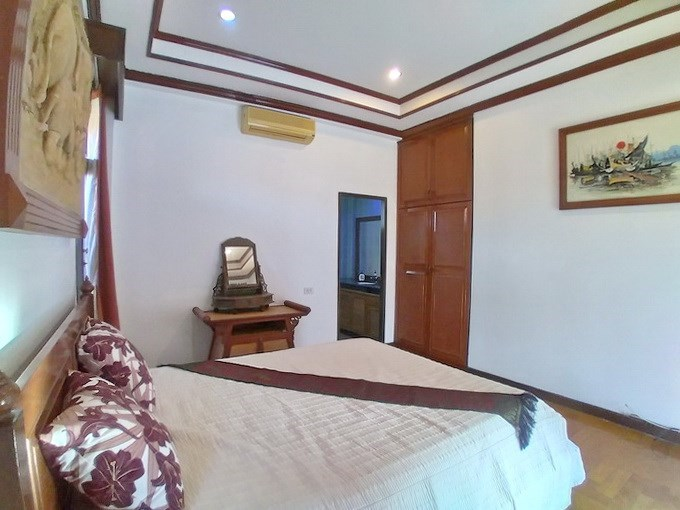House for rent Mabprachan Pattaya showing the third bedroom suite