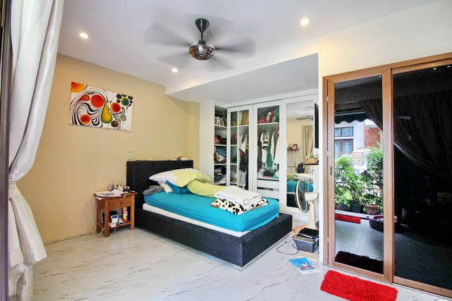 House for rent East Jomtien showing the sixth bedroom suite