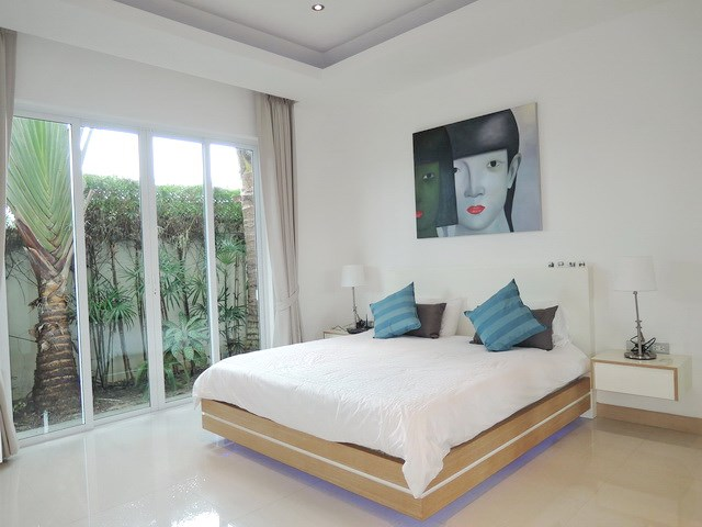 House for rent The Vineyard Pattaya showing the second bedroom suite