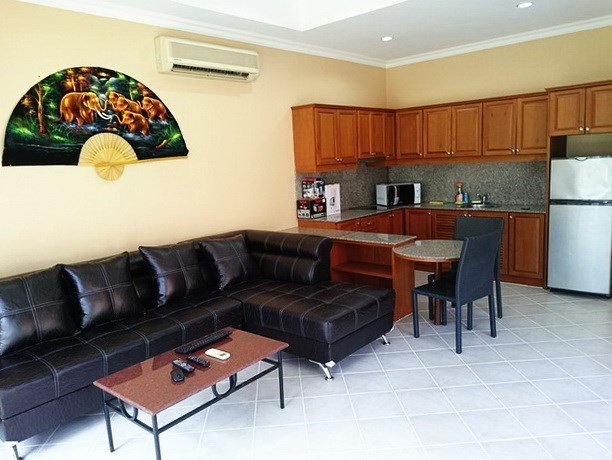 House for rent View Talay Villas Jomtien Pattaya showing the open plan concept