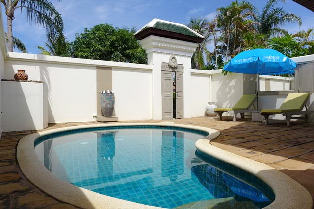 House for rent at view talay villas jomtien house view talay villas five star villas and for Private swimming pool for rent in muntinlupa