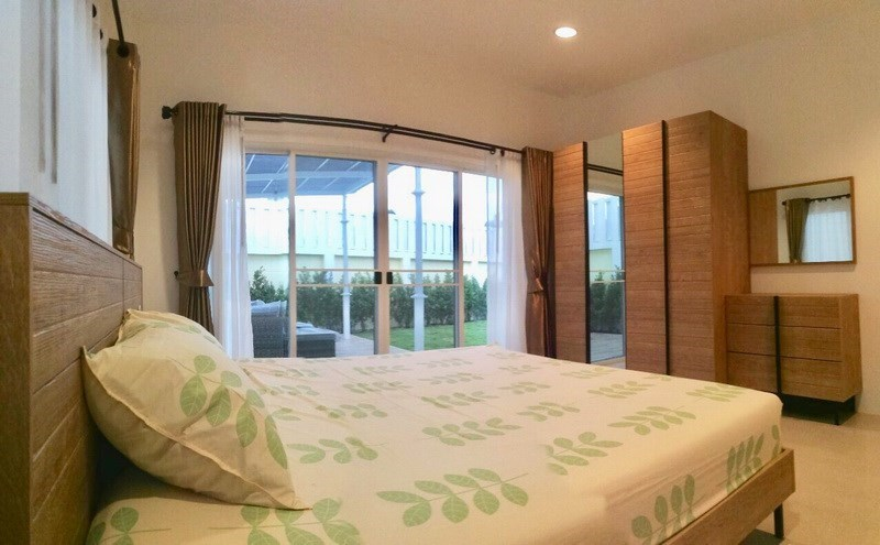 House for sale East Pattaya showing the second bedroom with garden view