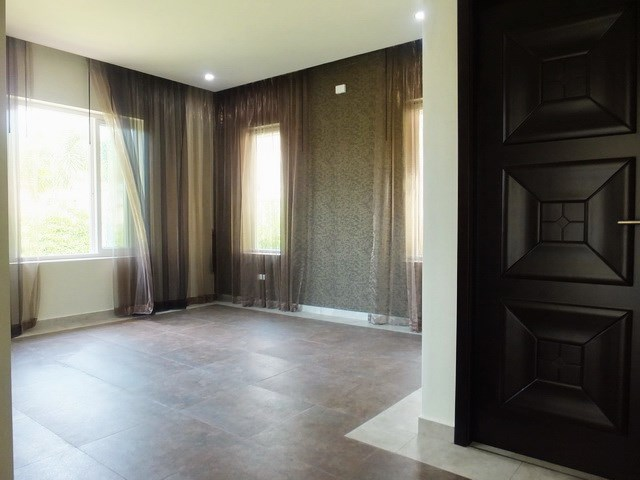 House for sale Huay Yai Pattaya showing the third bedroom suite