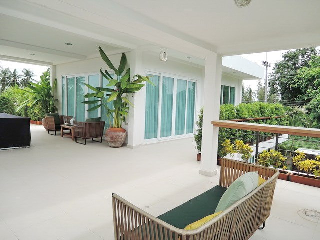 House for Sale Silverlake Pattaya showing the rooftop terrace