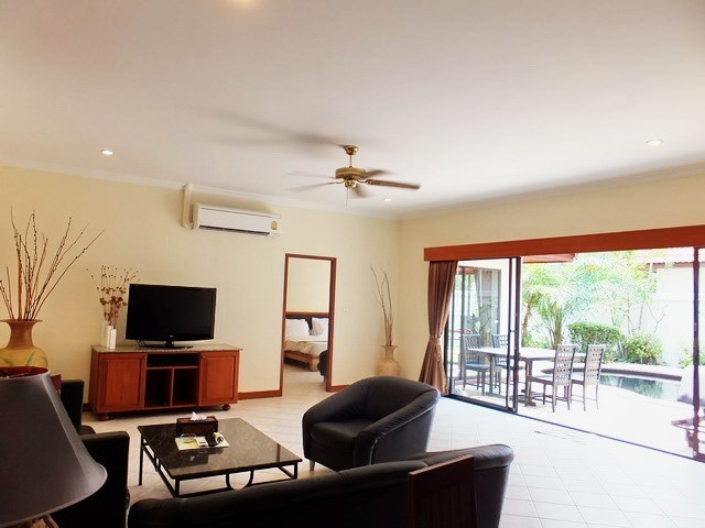 House for sale View Talay Villas Jomtien showing the living area and pool view